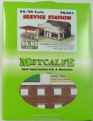 Metcalfe PO281 Service Station